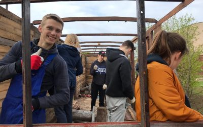 Gulbenes jaunieši projekta laikā piešķirs otru elpu koka vagonam